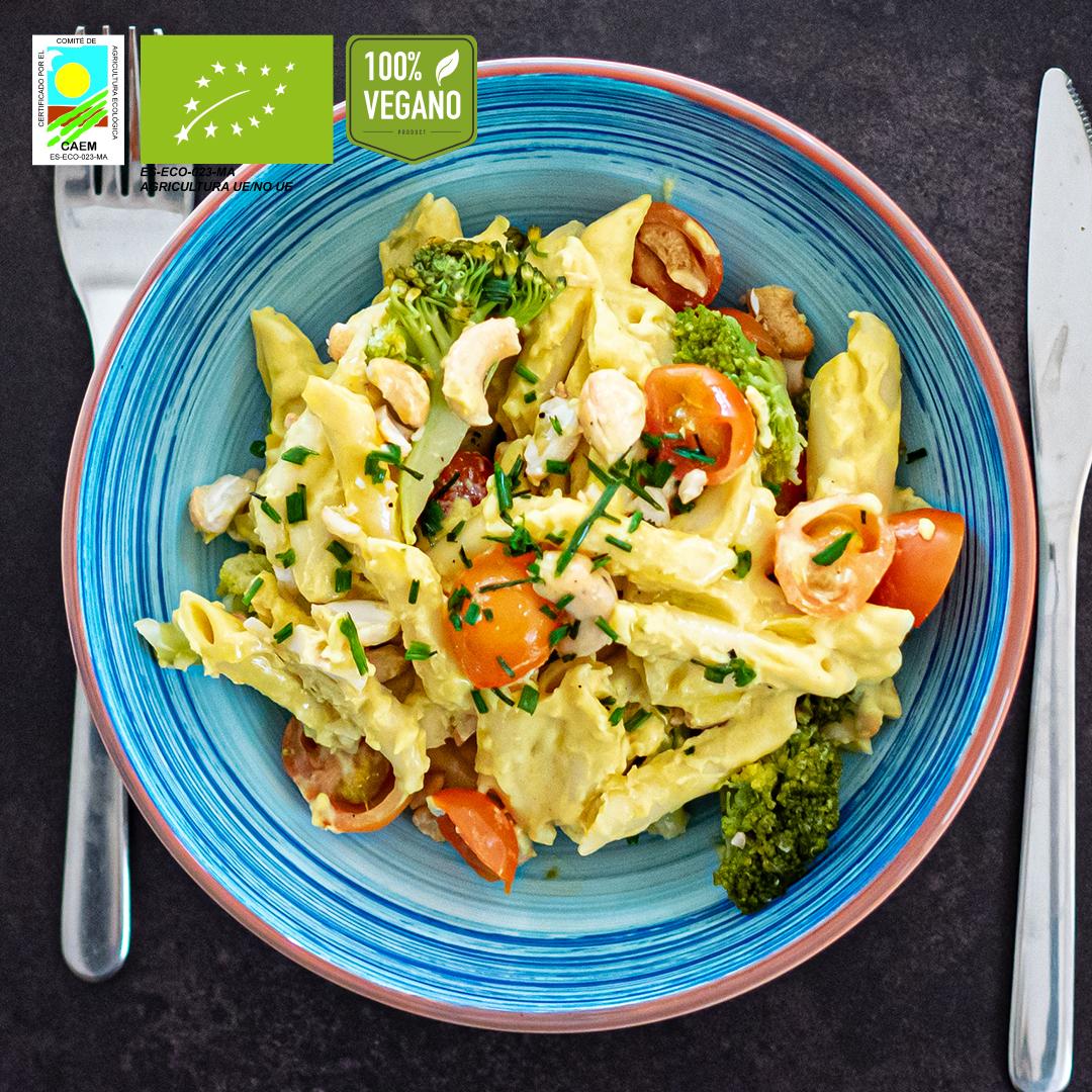 Pasta Mac&cheese vegana con verduras